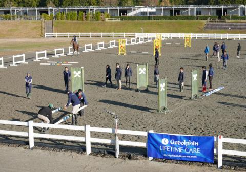The arena is set up for the lesson from Boyd Martin