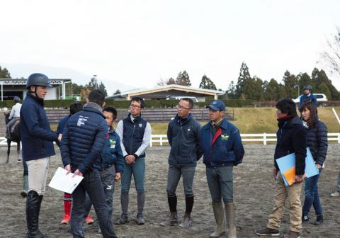 Following last year's success, US Olympic eventer Boyd Martin is returning to Japan for two more retired racehorse retraining clinics.